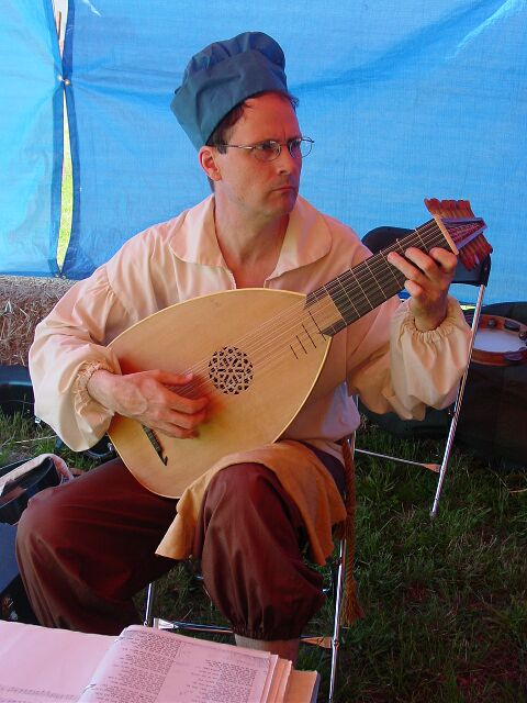 Steve playing lute