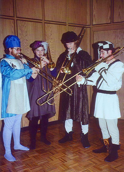 Antiqua performers playing sacbuts
