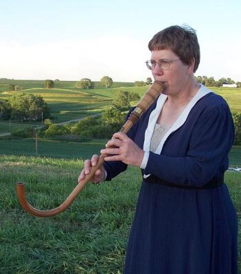 Krumhorn being played