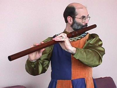 traverse flute being played