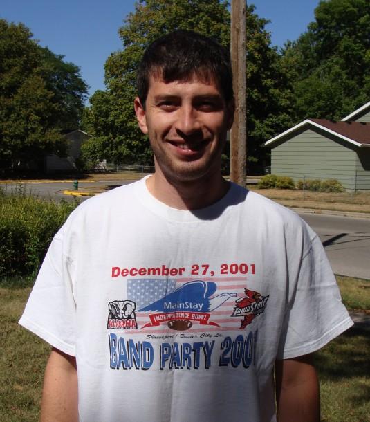 Man wearing 2001 Independence Bowl T-Shirt