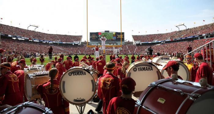 Full stadium with band
